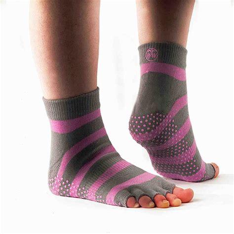 Toe Half Socks physioworld half toe socks various colours
