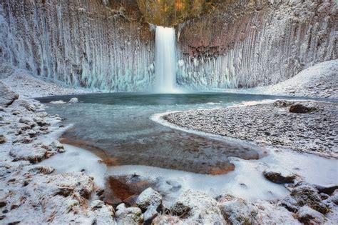frozen winter wallpaper frozen winter waterfall wallpapers and images wallpapers