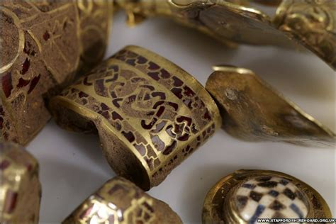 470064 treasures of the anglo saxons bbc news uk anglo saxon treasures uncovered