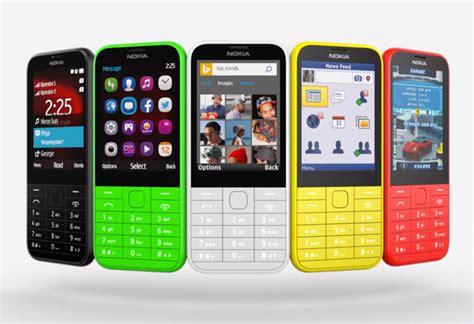 Hp Nokia Lumia 225 Nokia Julkisti 225 N 39 Euron Puhelin Mobiili Fi