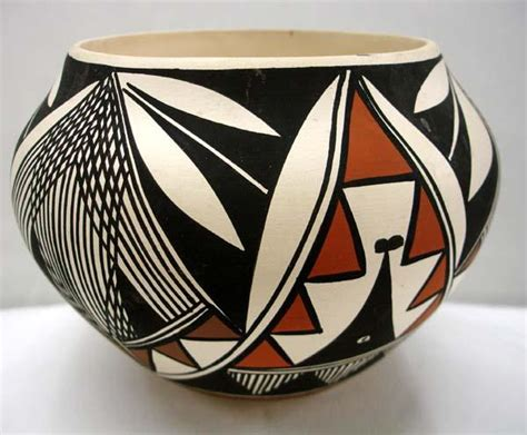 Southwest Home Designs by Native American Laguna Pottery By Cheromiah