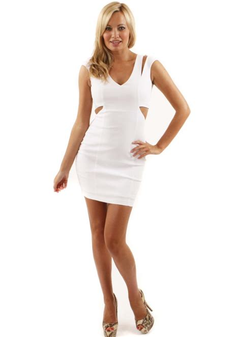 Dres Mimi white mini dress dressed up