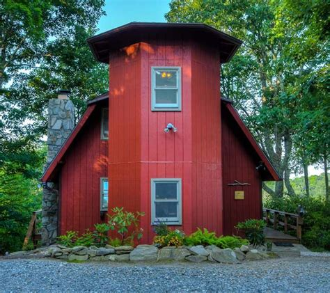 tree house  cataloochee ranch cabin rental  maggie