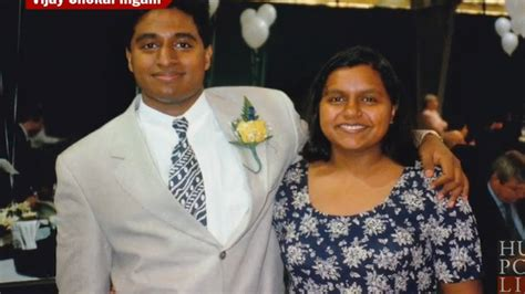 mindy kaling parents the office actress mindy kaling s brother faked being black to get