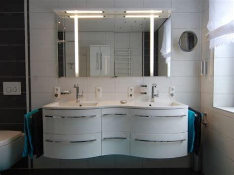 Kosten Für Kleines Badezimmer by B 228 Der Sanieren Ideen