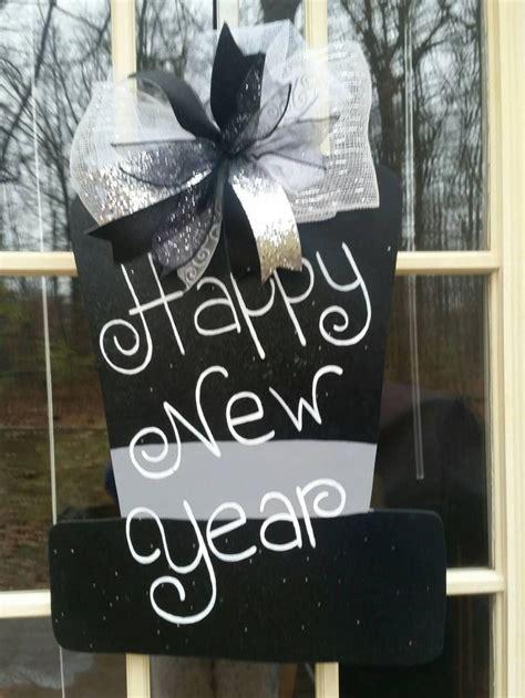 New Year New Hangers by Best 25 Door Hanger Template Ideas On Burlap