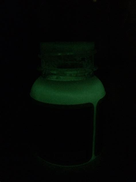 angelus paint glow angelus green glow acrylic paint glow in the