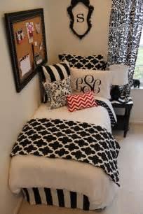 Black and white teen room white bedding red and white chevron white