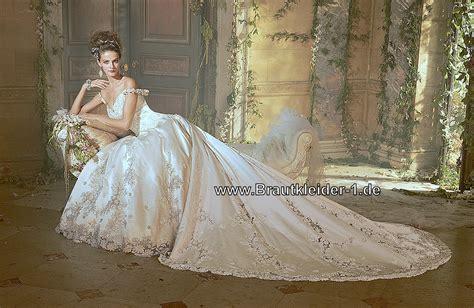 Hochzeitskleid Mit Schleppe by Brautkleider Mit Schleppe Prinzessin Elisabeth Brautkleid