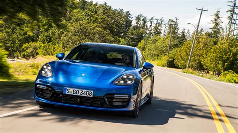 porsche panamera turbo 2017 wallpaper porsche panamera turbo sport turismo 2017 4k wallpapers