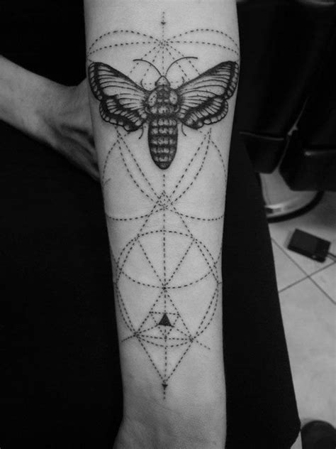 143 best minimalist geometric tattoo images on pinterest