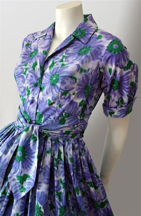 original 1950s cotton shirtwaist dress vintage clothing