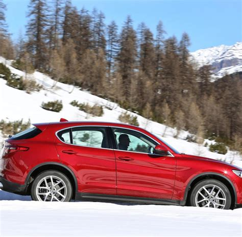 Audi Q5 Oder Bmw X3 by Alfa Romeo Stelvio Konkurriert Mit Bmw X3 Und Audi Q5 Welt