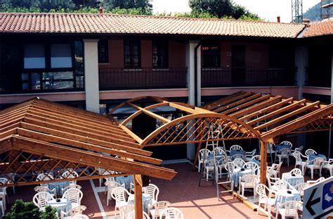 struttura in legno per gazebo gazebo in legno lamellare da giardino tendasol