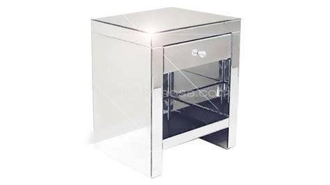 meuble chevet design chevet miroir bibiana un chevet 224 tiroir au design contemporain mobilier moss