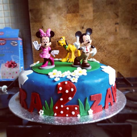 birthday themes for twin boy and girl 15 best twin cakes images on pinterest birthdays