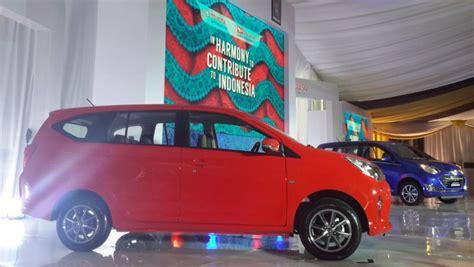 Tv Mobil Sigra toyota calya daihatsu sigra mulai masuk pasar mobil bekas okezone news