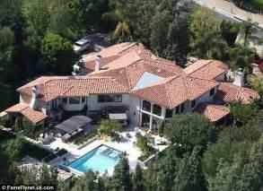 Kardashian House Floor Plan by Khloe Kardashian And Lamar Odom On Brink Of Separation