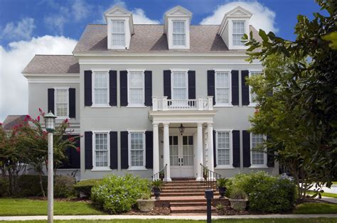 Homes With Front Porches by A Beautiful Front Porch Renovation