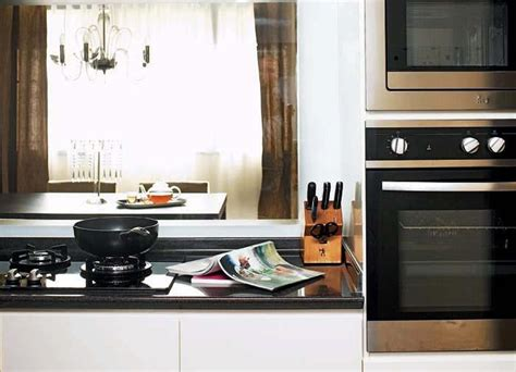 kitchen induction hob singapore guide to choosing gas induction or ceramic kitchen hobs home decor singapore