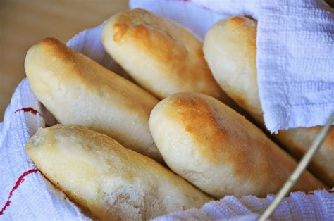 Olive Garden Bread Sticks by Barefoot And Baking Olive Garden Bread Sticks
