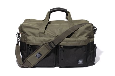 The Enligne Journey Bag collection st 252 ssy x herschel printemps et 233 2012