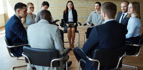 preguntas en una entrevista laboral grupal preguntas ilegales en las entrevistas de trabajo