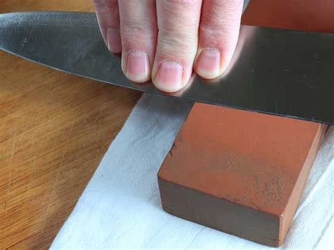how to sharpen knife at home simple tips to sharpen knives at home boldsky