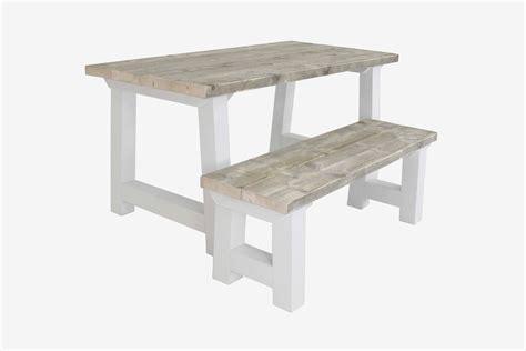 landelijke tafel zelf maken landelijke houten tafel dikke planken steigerhouten tafel