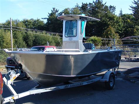 aluminum boat console 18 6 quot centre console challenger aluminum boat by silver