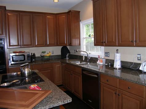 Refinishing Maple Kitchen Cabinets 15 Best Images About Kitchen Cabinet Refinishing Refacing Redesign On Oak
