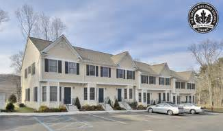 one bedroom townhomes one bedroom townhome designs house design and decorating