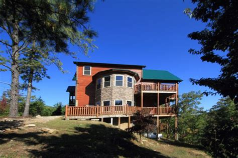 secluded smoky mountain cabin rentals black hollow