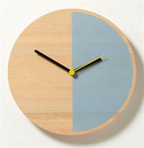 design milk clock primary clock by david weatherhead goodd design milk