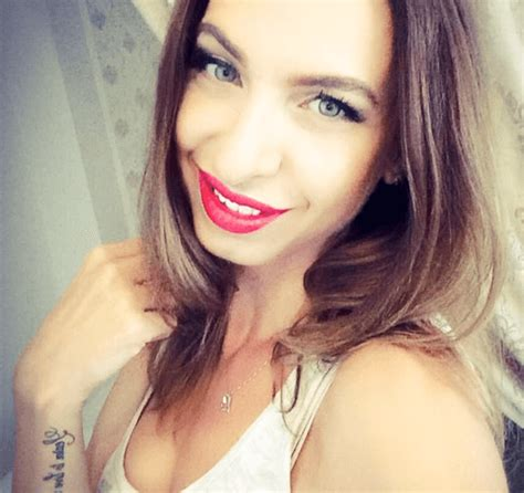 Make Money Online Webcam - cam4models make money online from home as a webcam model no experience needed