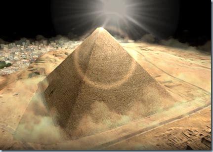 Rantang Unik Model Piramid beginilah proses pembuatan piramida mesir
