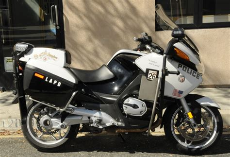 motocross gear los angeles lapd searching for shotgun that fell off police motorcycle