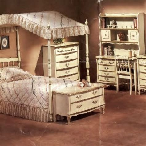 51 best images about Vintage furniture and DIY ideas on