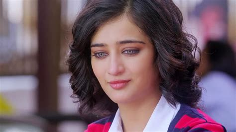 akshara haasan wallpapers backgrounds