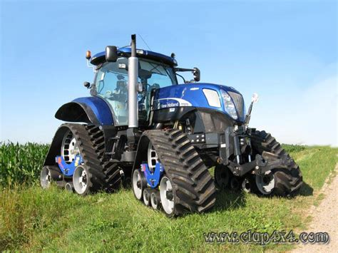 Tractors   Farm Machinery: New Holland T7 Track