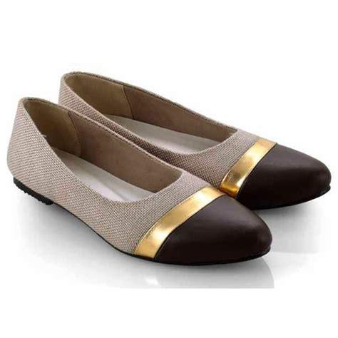 Sepatu Cewek Flat jual sepatu casual wanita cewek flat ew260 coklat zazila