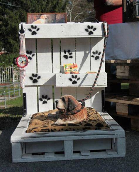 cuscini per cani fai da te cuccia fai da te 7 idee per costruire una cuccia per cani