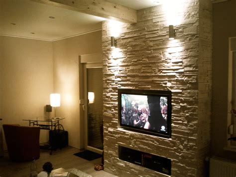 www wohnzimmer de tv wand naturstein tesoley