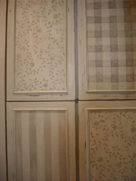 armadio dipinto armadio dipinto decorazioni armadio