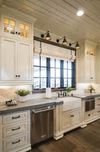 25 best ideas about farmhouse kitchen cabinets on great white kitchen kitchens pinterest