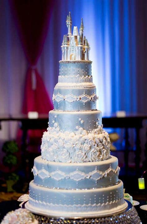 Royal Wedding Images Cinderella by 25 Best Ideas About Cinderella Cakes On