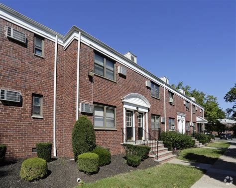 Garden Apartments Rutherford Nj 194 Union Ave Apartments Rentals Rutherford Nj