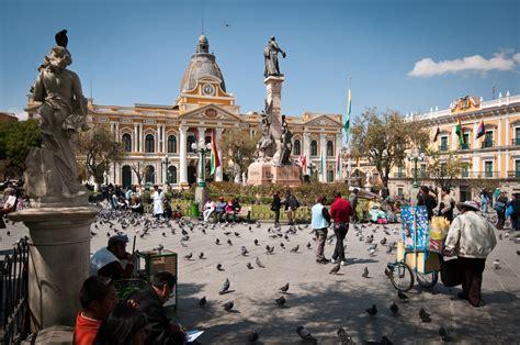 Busnelli plaza murillo in la paz bolivia alphahutte