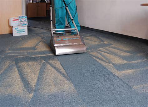 staubsauger roboter teppich teppich reinigen maschine stunning auto staubsauger