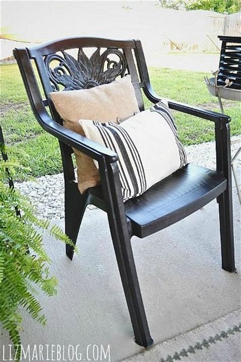 Paint Plastic Chairs - best 25 painting plastic chairs ideas on
